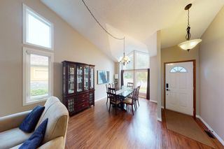 Photo 6: 9 Hawkbury Place NW in Calgary: Hawkwood Detached for sale : MLS®# A1136122