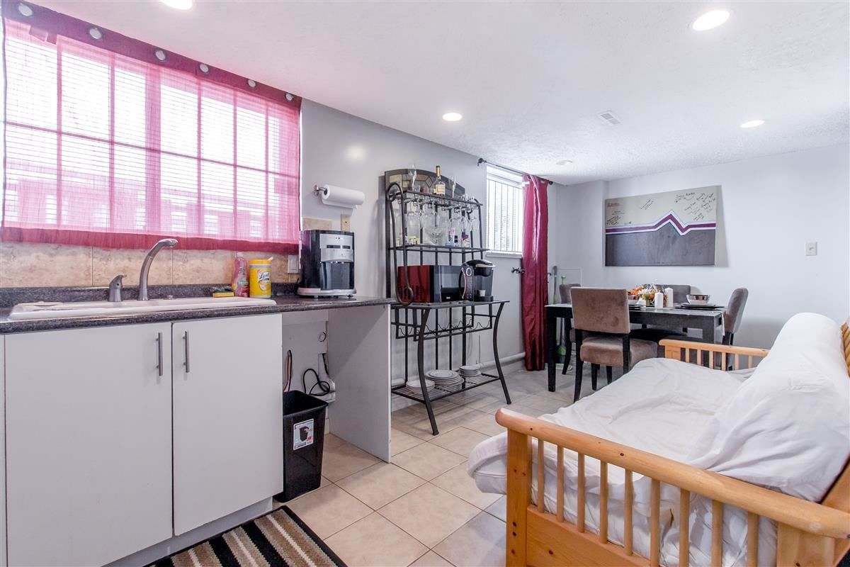 Photo 15: Photos: 5156 ABERDEEN Street in Vancouver: Collingwood VE House for sale (Vancouver East)  : MLS®# R2303162