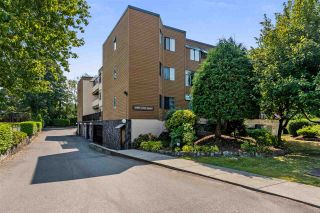 """Photo 1: 8 11900 228 Street in Maple Ridge: East Central Condo for sale in """"MOONLIGHT GROVE"""" : MLS®# R2338780"""