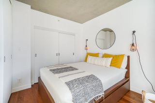 """Photo 15: 2008 108 W CORDOVA Street in Vancouver: Downtown VW Condo for sale in """"WOODWARDS"""" (Vancouver West)  : MLS®# R2537299"""