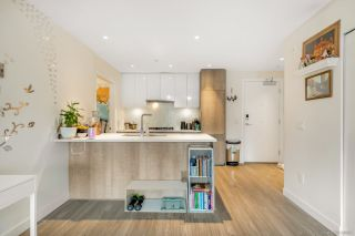 Photo 11: 305 379 E BROADWAY Street in Vancouver: Mount Pleasant VE Condo for sale (Vancouver East)  : MLS®# R2534103