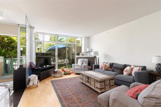 Photo 4: 1057 MARINASIDE Crescent in Vancouver: Yaletown Townhouse for sale (Vancouver West)  : MLS®# R2489973