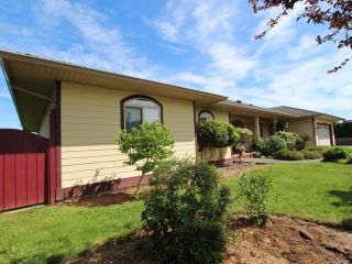 Photo 9: 944 Brooks Pl in COURTENAY: CV Courtenay East House for sale (Comox Valley)  : MLS®# 730969