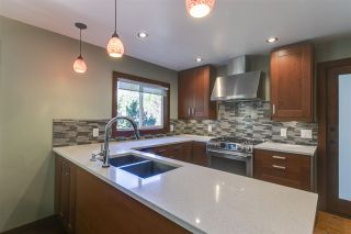 """Photo 6: 41852 GOVERNMENT Road in Squamish: Brackendale House for sale in """"Brackendale"""" : MLS®# R2368002"""