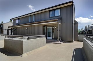 Photo 2: 917 3240 66 Avenue SW in Calgary: Lakeview Row/Townhouse for sale : MLS®# A1120756
