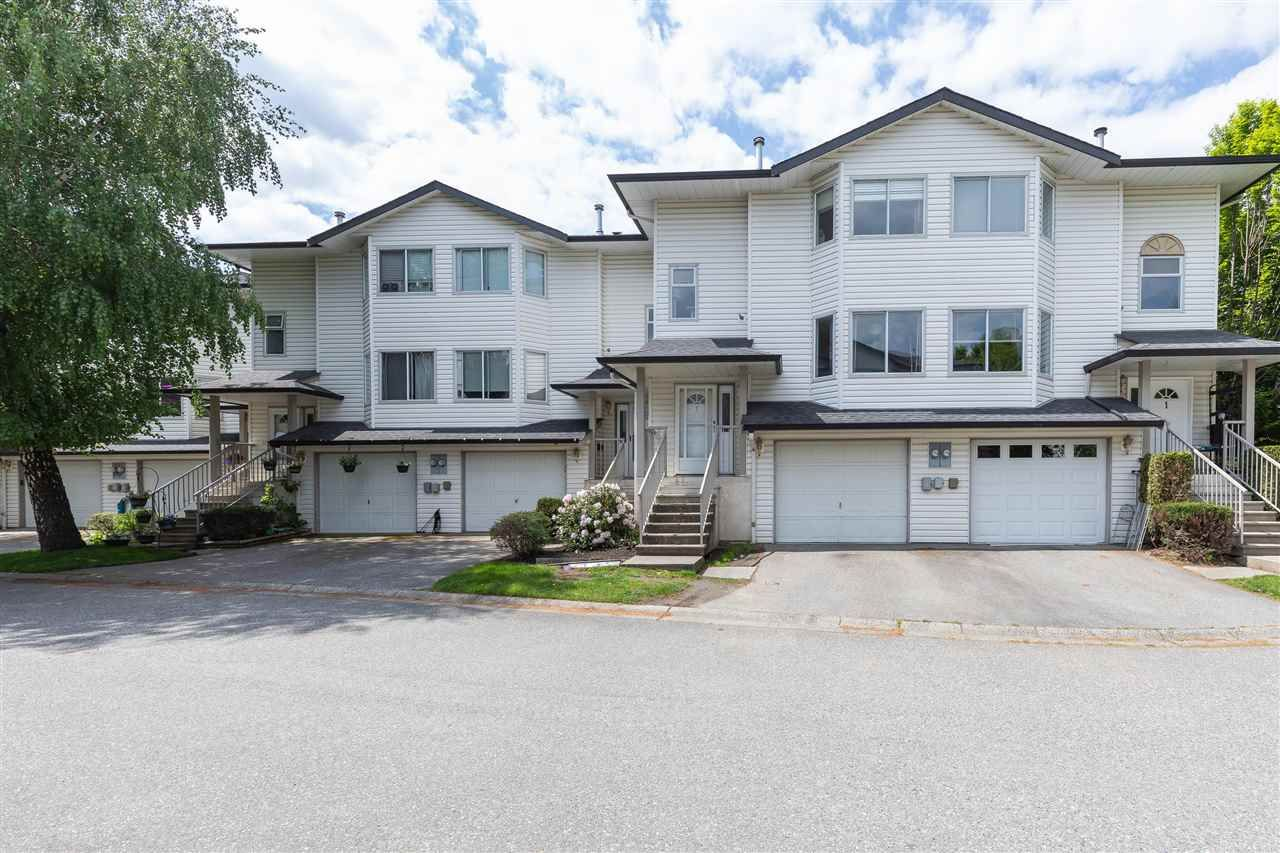 """Main Photo: 2 5904 VEDDER Road in Chilliwack: Vedder S Watson-Promontory Townhouse for sale in """"Parkview Place"""" (Sardis)  : MLS®# R2576178"""