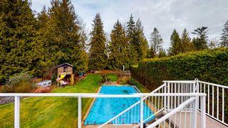 "Photo 13: 7858 LOHN Road in Halfmoon Bay: Halfmn Bay Secret Cv Redroofs House for sale in ""WELCOME WOODS"" (Sunshine Coast)  : MLS®# R2533646"