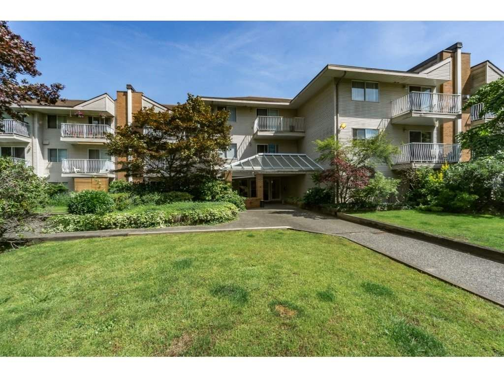 """Main Photo: 214 1187 PIPELINE Road in Coquitlam: New Horizons Condo for sale in """"PINECOURT"""" : MLS®# R2078729"""