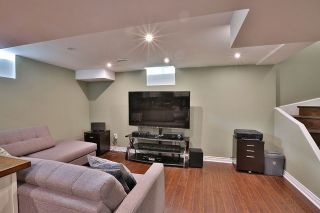 Photo 10: 20 Harrongate Place in Whitby: Taunton North House (2-Storey) for sale : MLS®# E3319182