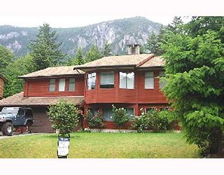 Photo 1: 40057 PLATEAU Drive in Squamish: Valleycliffe House for sale : MLS®# V681220