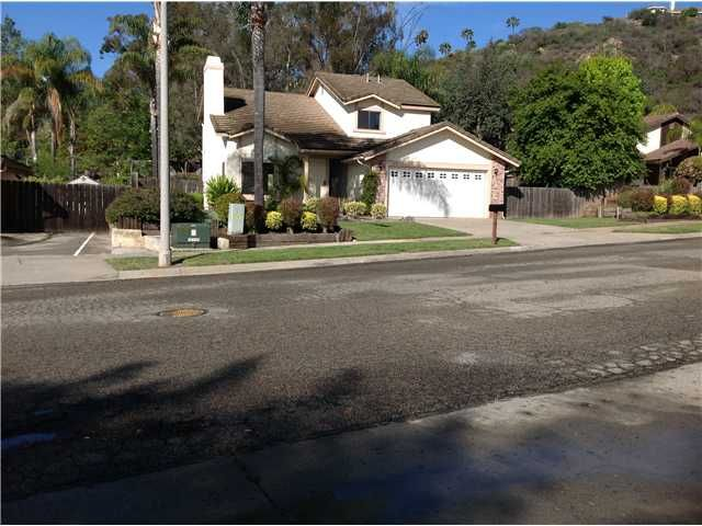 Main Photo: NORTH ESCONDIDO House for sale : 4 bedrooms : 1513 N Elm Street in Escondido