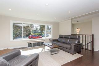 Photo 3: 12065 208 Street in Maple Ridge: Northwest Maple Ridge House for sale : MLS®# R2566215
