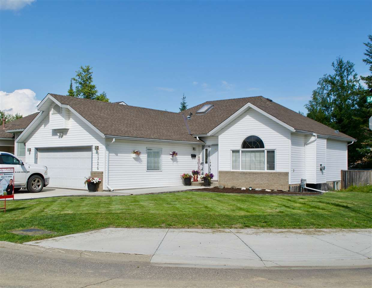 Main Photo: 6326 DAWSON Road in Prince George: Valleyview House for sale (PG City North (Zone 73))  : MLS®# R2396079