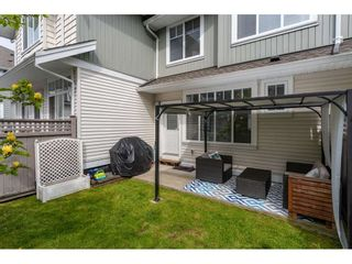 """Photo 19: 41 19480 66 Avenue in Surrey: Clayton Townhouse for sale in """"TWO BLUE"""" (Cloverdale)  : MLS®# R2362975"""