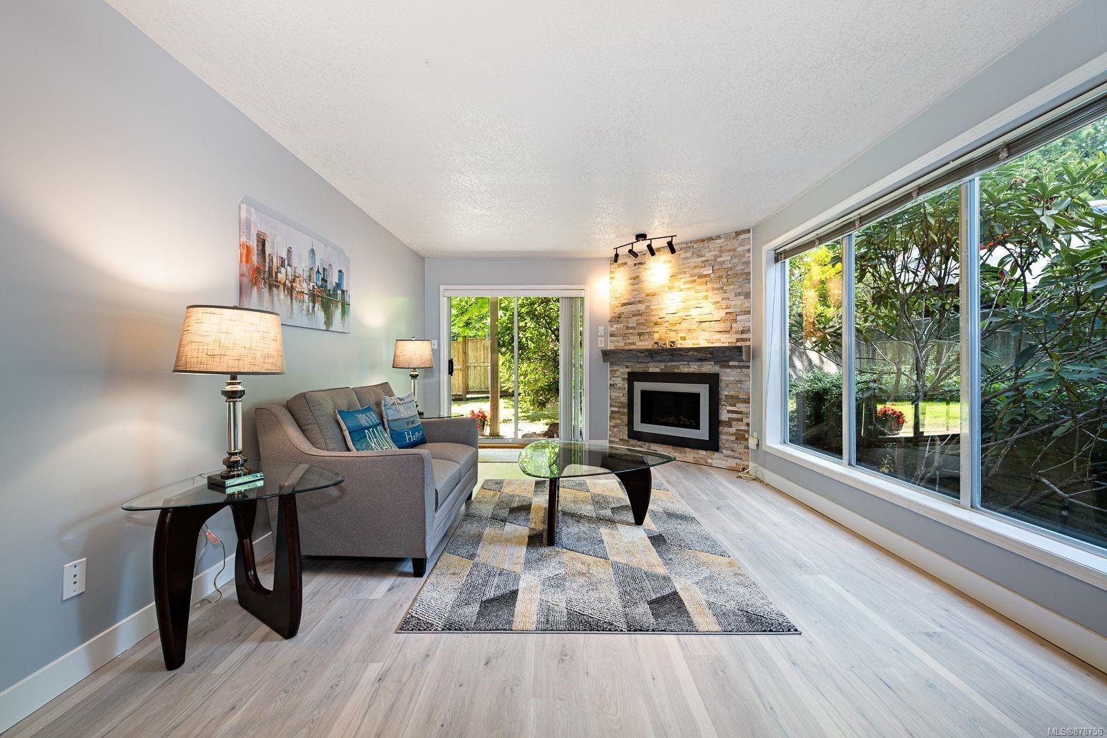 Main Photo: 214 4693 Muir Rd in : CV Courtenay East Condo for sale (Comox Valley)  : MLS®# 878758