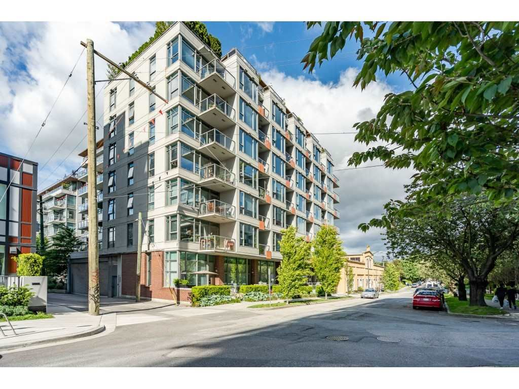 """Main Photo: 908 251 E 7TH Avenue in Vancouver: Mount Pleasant VE Condo for sale in """"District"""" (Vancouver East)  : MLS®# R2465561"""