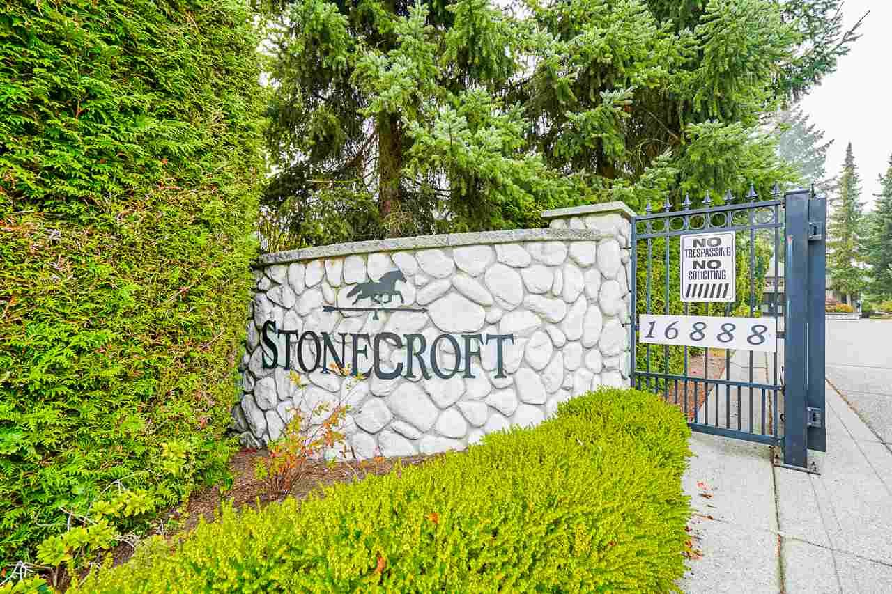 "Main Photo: 36 16888 80 Avenue in Surrey: Fleetwood Tynehead Townhouse for sale in ""STONECROFT"" : MLS®# R2494658"