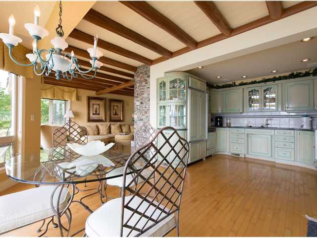 "Photo 15: Photos: 8015 PASCO Road in West Vancouver: Howe Sound House for sale in ""PASCO ESTATES"" : MLS®# V1099779"