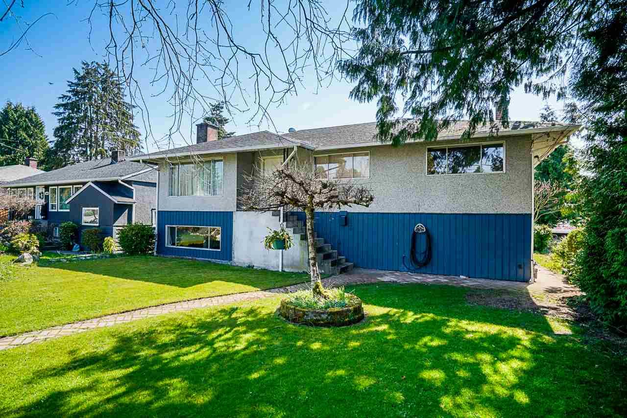 Main Photo: 5226 GILPIN Street in Burnaby: Deer Lake Place House for sale (Burnaby South)  : MLS®# R2449474