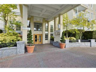 """Photo 1: 218 5835 HAMPTON Place in Vancouver: University VW Condo for sale in """"ST JAMES HOUSE"""" (Vancouver West)  : MLS®# V1116067"""