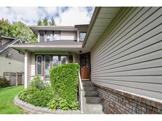 Photo 2: 16463 78TH Avenue in Surrey: Fleetwood Tynehead House for sale : MLS®# F1424065