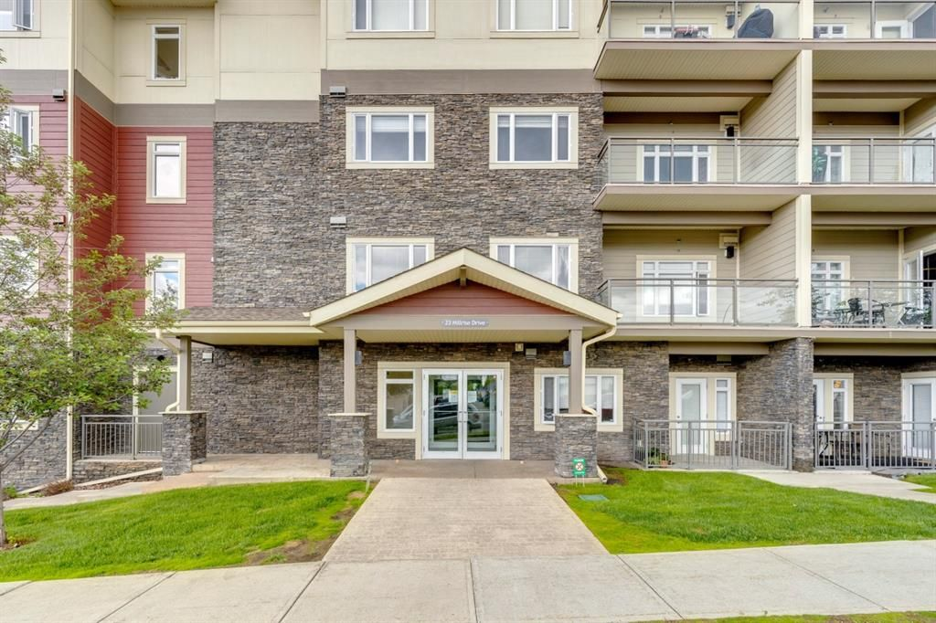 Main Photo: 427 23 Millrise Drive SW in Calgary: Millrise Apartment for sale : MLS®# A1125325