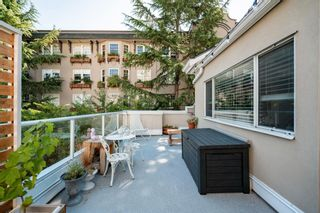 """Photo 17: 401 1525 PENDRELL Street in Vancouver: West End VW Condo for sale in """"Charlotte Gardens"""" (Vancouver West)  : MLS®# R2617074"""