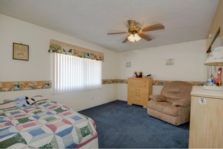 Photo 8: SAN DIEGO Townhouse for sale : 3 bedrooms : 4415 Collwood Lane