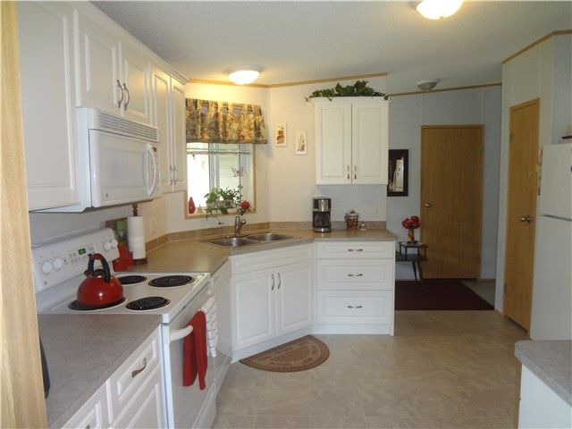 Photo 4: Photos: 58597 LOUGHEED Highway: Agassiz Manufactured Home for sale : MLS®# H1401102