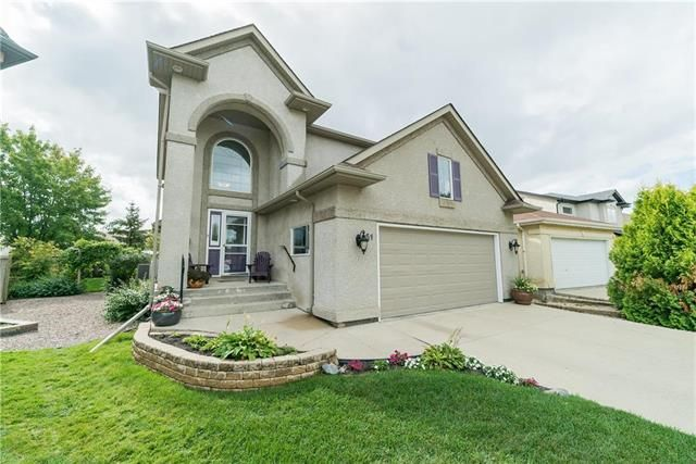 FEATURED LISTING: 51 Leander Crescent Winnipeg