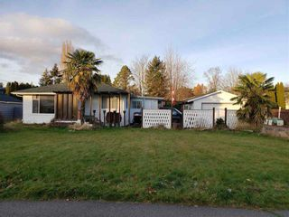 Photo 2: 12439 92 Avenue in Surrey: Queen Mary Park Surrey House for sale : MLS®# R2548139