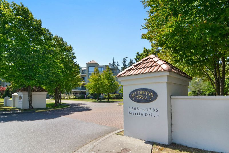 FEATURED LISTING: 205 - 1765 Martin Drive SouthWynd