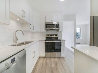 """Main Photo: 306 2425 CHURCH Street in Abbotsford: Abbotsford West Condo for sale in """"PARKVIEW PLACE"""" : MLS®# R2591354"""
