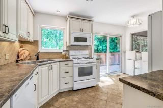 """Photo 8: 1424 54 Street in Delta: Cliff Drive House for sale in """"Cliff Drive"""" (Tsawwassen)  : MLS®# R2444527"""