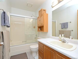 Photo 10: 11 1950 Cultra Ave in SAANICHTON: CS Saanichton Row/Townhouse for sale (Central Saanich)  : MLS®# 779044