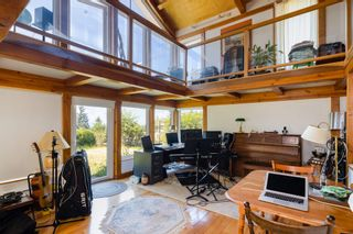 """Photo 32: 1540 WHITE SAILS Drive: Bowen Island House for sale in """"Tunstall Bay"""" : MLS®# R2613126"""
