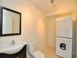 "Photo 8: 887 CUNNINGHAM Lane in Port Moody: North Shore Pt Moody Townhouse for sale in ""WOODSIDE VILLAGE"" : MLS®# V1021537"