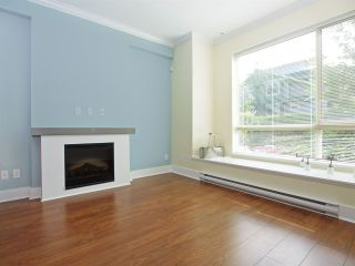 Photo 3: 102 7418 BYRNEPARK WALK in Burnaby: South Slope Condo for sale (Burnaby South)  : MLS®# R2072902