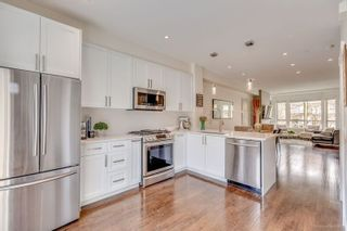 Photo 5: 85 100 KLAHANIE DRIVE in Port Moody: Port Moody Centre Townhouse for sale : MLS®# R2253692