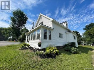 Photo 2: 151 Union Street in St. Stephen: House for sale : MLS®# NB062326