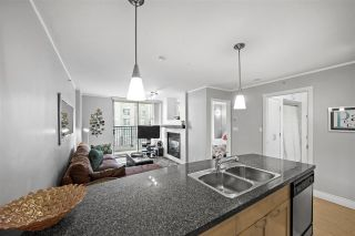"Photo 15: 605 989 RICHARDS Street in Vancouver: Downtown VW Condo for sale in ""The Modrian"" (Vancouver West)  : MLS®# R2561153"