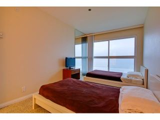 Photo 12: PACIFIC BEACH Condo for sale : 2 bedrooms : 4667 Ocean #408