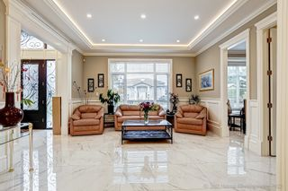 Photo 2: 10600 DENNIS Crescent in Richmond: McNair House for sale : MLS®# R2624860