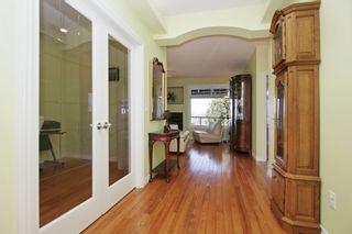 Photo 2: 41730 WOODRIDGE Place in Yarrow: Majuba Hill House for sale : MLS®# R2354141