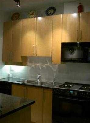 """Photo 6: 107 2655 CRANBERRY DR in Vancouver: Kitsilano Condo for sale in """"THE NEW YORKER"""" (Vancouver West)  : MLS®# V527276"""