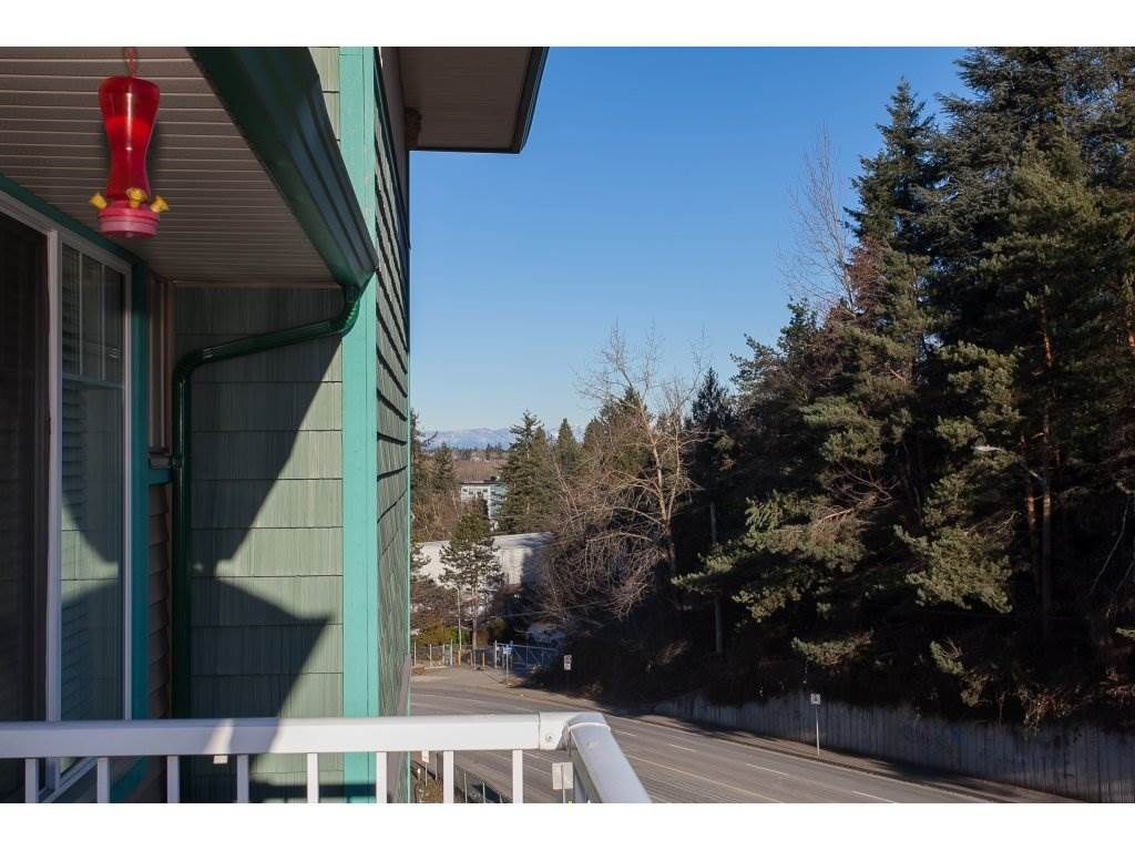 """Photo 20: Photos: 412 33960 OLD YALE Road in Abbotsford: Central Abbotsford Condo for sale in """"Old Yale Heights"""" : MLS®# R2241666"""