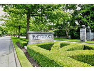 """Photo 3: 218 5835 HAMPTON Place in Vancouver: University VW Condo for sale in """"ST JAMES HOUSE"""" (Vancouver West)  : MLS®# V1116067"""