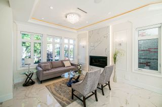 Photo 2: 5805 CULLODEN Street in Vancouver: Knight House for sale (Vancouver East)  : MLS®# R2502667