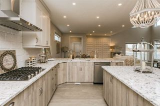 Photo 13: 943 VALOUR Way in Edmonton: Zone 27 House for sale : MLS®# E4221977