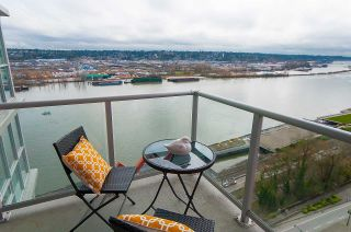 "Photo 12: 1905 125 COLUMBIA Street in New Westminster: Downtown NW Condo for sale in ""NORTHBANK"" : MLS®# R2255130"